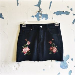 Free Peoplw Black Denim Embroidered Mini Skirt